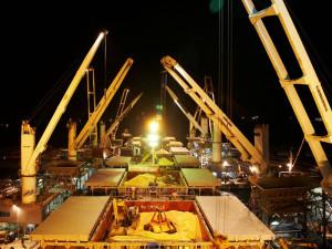 Cargo-handling1